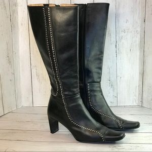 Davos Gomma Black Boots w/White Contrast Stitching